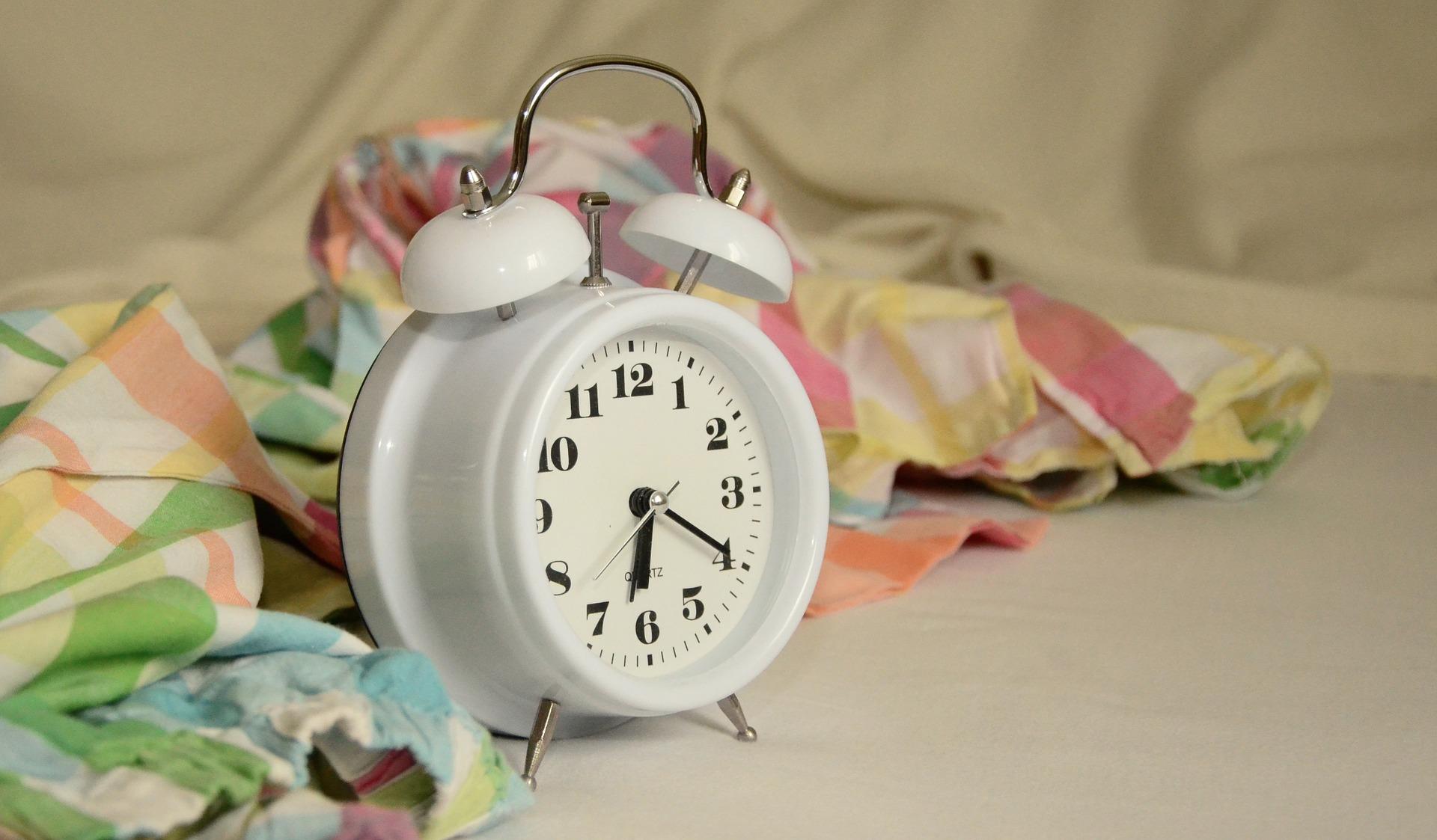 alarm-clock-1191561_1920