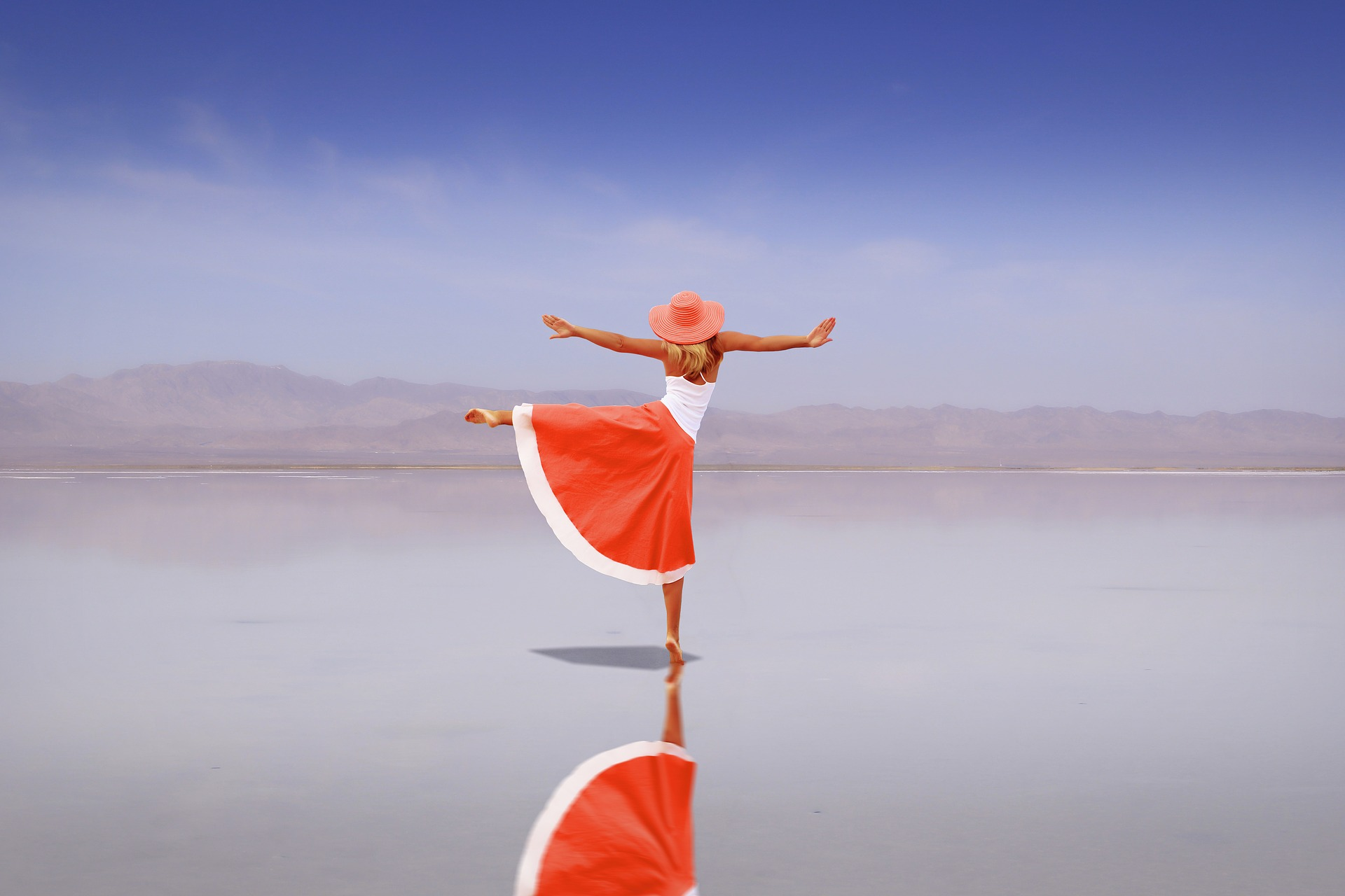 Er du klar for folde deg ut og leve livet i samsvar med den du virkelig er? // Are you ready to unfold and live life in alignment with who you truly are?
